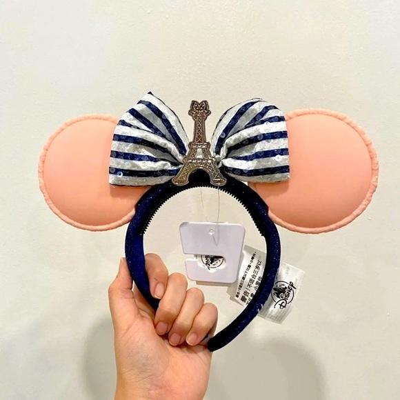 Disney EPCOT Macaroon France Paris Minnie Ears